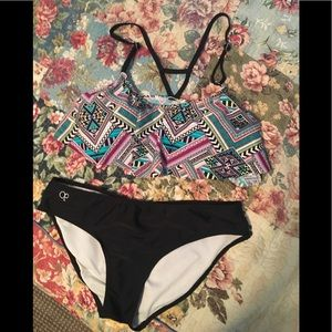 Arizona print flouncy top bikini set size med GUC